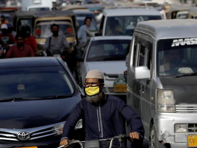 Pakistan reports 2,769 new coronavirus cases, 69 deaths in last 24 hours