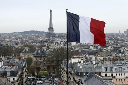 French economy will contract 11% in 2020, more hard days ahead: minister