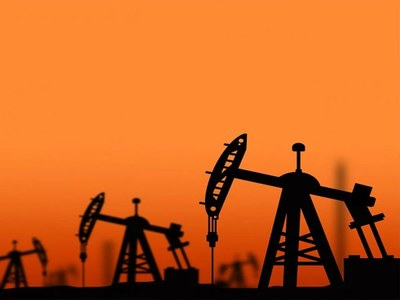 Oil up more than 3pc ahead of OPEC+ meeting and on easing lockdowns
