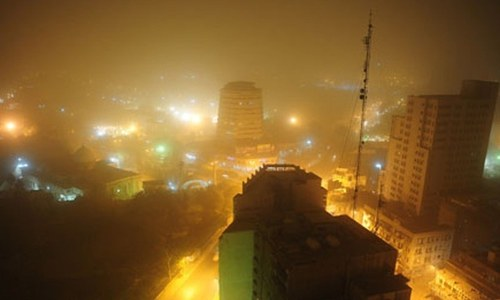 One dead, 12 injured as dust storm, strong winds hit city