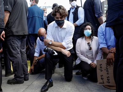 Justin Trudeau takes a knee to express solidarity with Black Lives Matter protesters