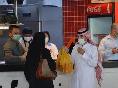 Saudi coronavirus cases exceed 100,000: Reuters tally