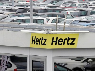 Hertz allowed to sell $1bn in shares despite bankruptcy