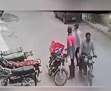 Crime during Covid: Robbers return valuables, hug delivery boy after he breaks down during robbery