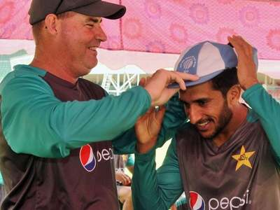 Arthur defends 'skilled and talented' Hasan Ali