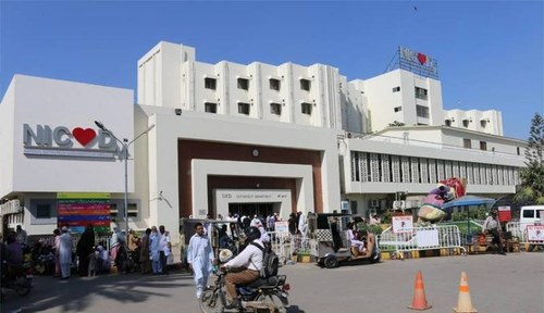 CTD policeman shoots Karachi doctor allegedly after being asked to wear face mask
