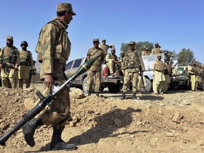 Two Pak Army soldiers martyred, militant killed in North Waziristan