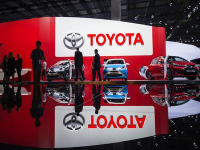 Toyota sees July vehicle output down 10pc on initial plan