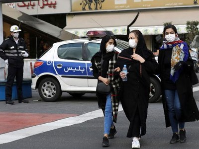 Call for mandatory masks as Iran virus toll nears 10,000