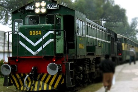 PFUJ for restoration of journalists' concession by Railways