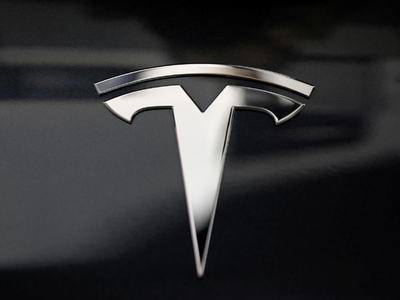 Tesla becomes richest auto group