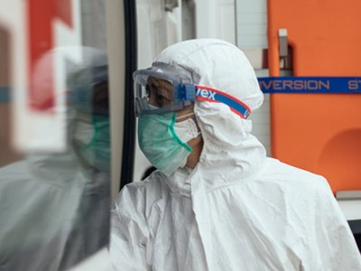 Russia announces virus deaths exceed 10,000