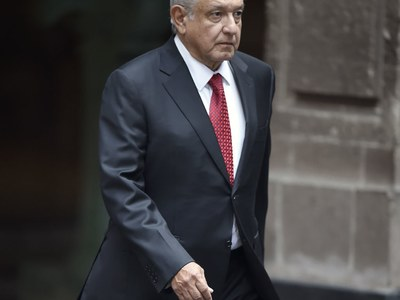 Mexican president to talk trade with Trump as virus rages