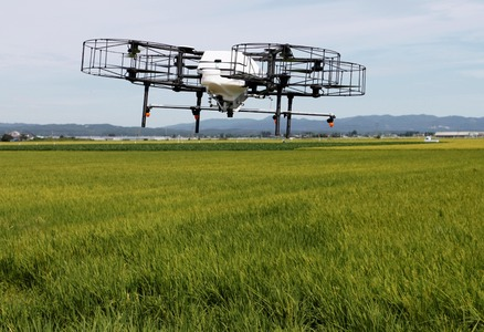 Pakistan manufacturing agricultural drones to combat locusts attack