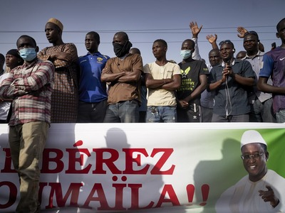 Mali opposition says one protest leader detained