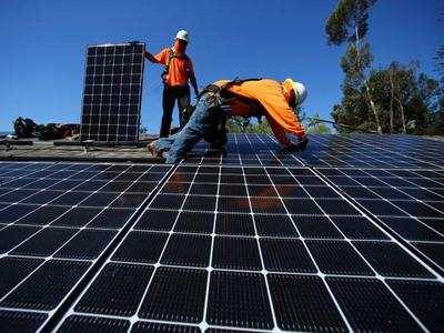 China's first-half solar panel output jumps 15.7%, industry body says