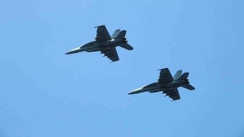 Panic as US jets fly near Iran passenger plane over Syria