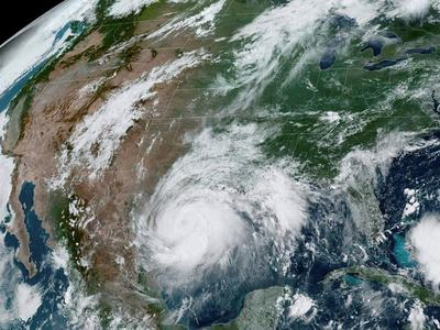 Hurricane Hanna threatens coronavirus-stricken South Texas with surge and winds