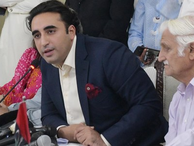 Bilawal describes law minister as 'lawyer for Jadhav'