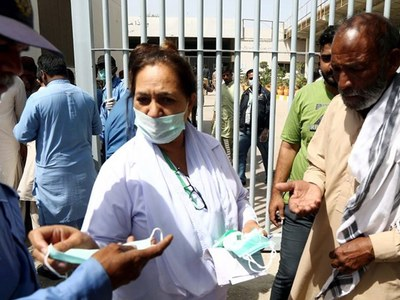 Sindh reports 713 new Covid-19 cases