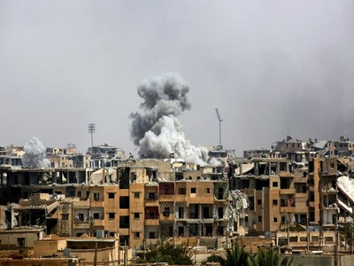 US slaps sanctions on Syria in push for Assad to end war