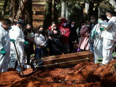 Brazil's COVID-19 death toll surpasses 90,000