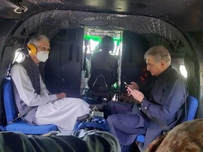 Shah Mahmood, Pervez Khattak visit LoC