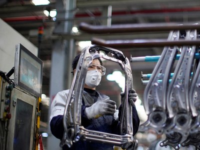 Strain on global manufacturing eases as eurozone returns to growth