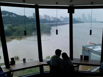 Heavy rains in S.Korea displace more than 1,000 people, 13 dead