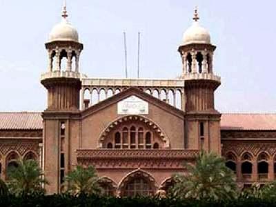 LHC issues contempt notices to secretaries of Punjab