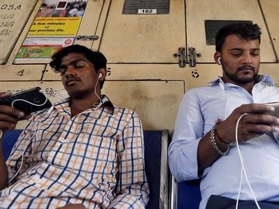 India data-curb plan 'anathema', US tech giants plan pushback