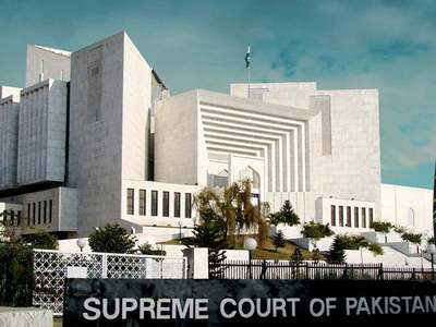 Affairs of Karachi: SC orders removal of billboards, sign boards