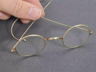 Gandhi's iconic glasses go on sale in UK