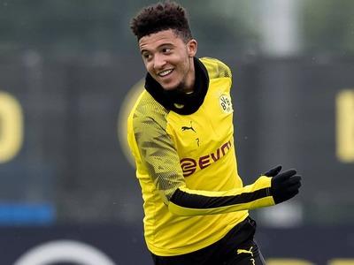Dortmund's Sancho to stay until 2023-club