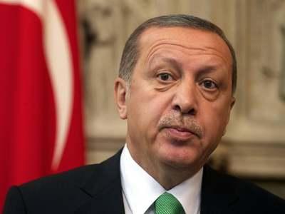 Erdogan to speak to Merkel, EU chief over Greece row