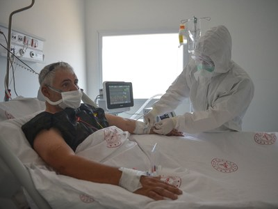 COVID-19 deaths spike among Syria medical personnel