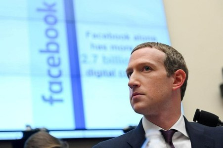 Facebook confirms Zuckerberg interviewed in FTC investigation