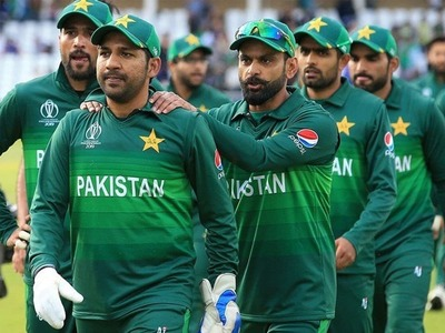 Pakistan name 17-member squad for England T20Is