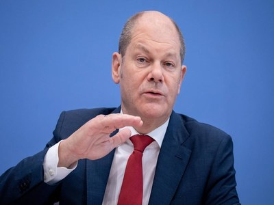 Germany's Scholz sees 'no way back' from EU joint debt