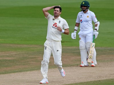 Anderson still waiting to join 600 club as Buttler drop aids Pakistan