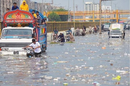 Three dead as heavy downpour cripples life in Karachi; Sindh govt declares rain emergency