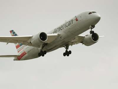 American Airlines to lay off 19,000 workers in October without new aid