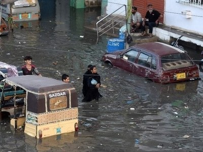 PM directs authorities to carry out relief operation in rain-hit Karachi