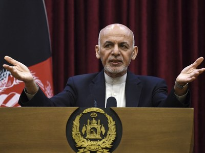 Afghan president says all commitments met for Taliban peace talks