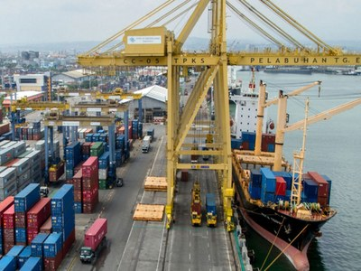 August exports down 20.89 percent MoM