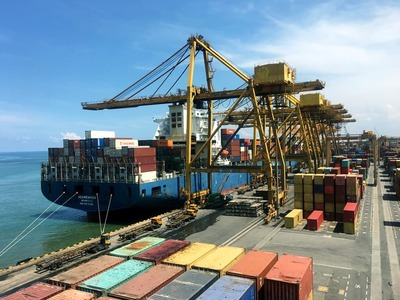 Merchant marine policy of Pakistan and international ship liners: Challenge or opportunity?