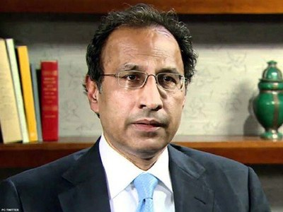 Data-sharing link between Nadra, FBR to be established: Hafeez