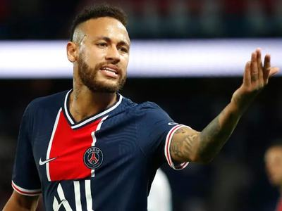 Brazilian govt backs Neymar in racism row
