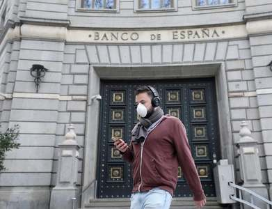 Bank of Spain grows more pessimistic about recovery from record slump