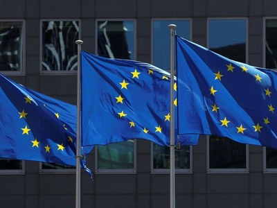 Eurozone rebounds from recession but clouds gather